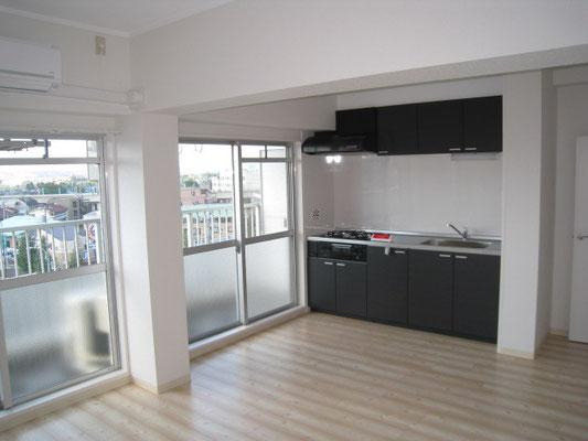 採光と眺めが良い空間:キッチンのリフォーム事例