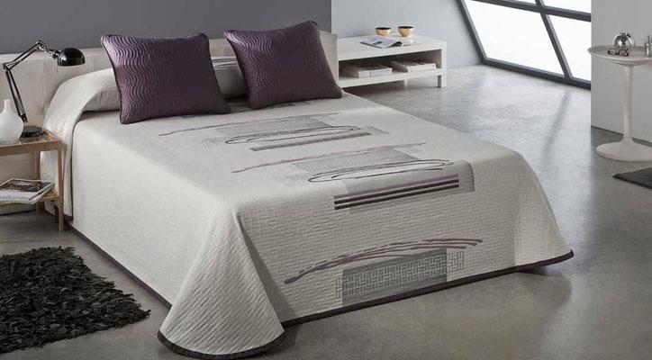 Colcha Pique Reversible Modelo Ados (Disponible en (Fucsia, Azul y Gris) Medidas y precios disponibles para camas de: 135cm (89€) 150cm (93€) 180cm (99€)