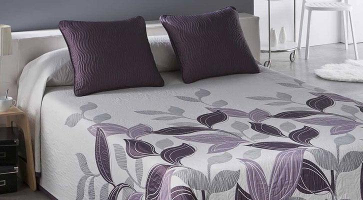Colcha Pique Reversible Modelo Palmira (Disponible en (Fucsia, Azul y Beig) Medidas y precios disponibles para camas de: 90cm (95€) 105cm (96€) 135cm (97€) 150cm (98€) 180cm (99€)