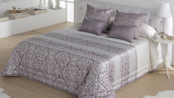Bouti Jacquard Modelo Siena (Disponible en Malva, Plata y Oro) Tambien en Colcha Edredon y Funda Nordica. Medidas y precios disponibles para camas de: 90cm (127€) 105cm (128€) 135cm (129€) 150cm (130€) 180cm (139€)