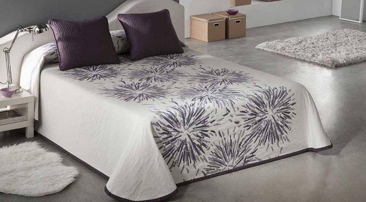 Colcha Pique Reversible Modelo Soho (Disponible en (Fucsia, Gris y Azul) Medidas y precios disponibles para camas de: 135cm (89€) 150cm (93€) 180cm (99€)