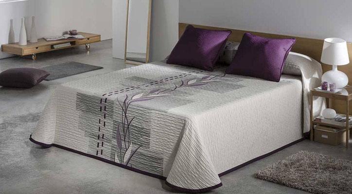 Colcha Pique Reversible Modelo Zen (Disponible en (Fucsia y Gris) Medidas y precios disponibles para camas de: 135cm (89€) 150cm (93€) 180cm (99€)