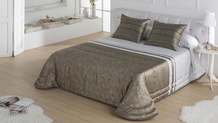 Bouti Jacquard Modelo FIRENZA (Disponible en Oro, Plata y Malva) Tambien en Funda Nordica. Medidas y precios disponibles para camas de: 90cm (129€) 105cm (130€) 135cm (136€) 150cm (139€) 180cm (145€)