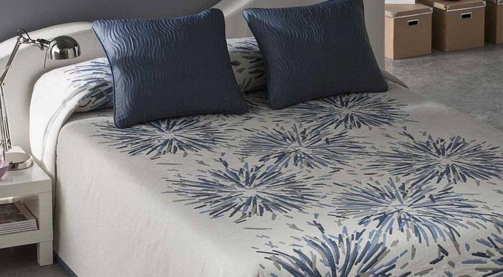 Colcha Pique Reversible Modelo Soho (Disponible en (Azul, Gris y Fucsia) Medidas y precios disponibles para camas de: 135cm (89€) 150cm (93€) 180cm (99€)