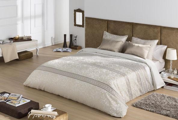 Funda Nordica Jacquard Modelo IVANNA (Disponible en Oro y Plata) Tambien en Bouti y Colcha Edredon. Medidas y precios disponibles para camas de: 90cm (99€) 105cm (107€) 135cm (115€) 150cm (120€) 180cm (130€)