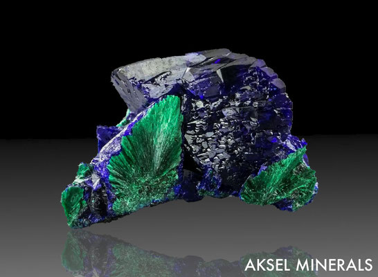 AM590 - Azurite - Milpillas Mine, Cuitaca, Santa Cruz Municipality, Sonora, Mexico