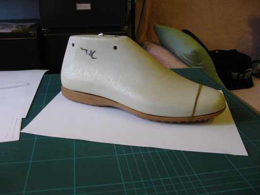 FOOTWEAR DESIGN, footwear designer. foot wear, shoe design, italian shoe design, shoes, fashion, shoe collection, italian shoe designer, shoelasts, heels, high heels, outsoles, trends, trendbooks, trend reseraches, stilista di calzature, moda, collezione