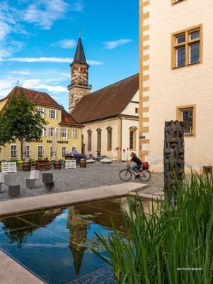 2021, Schlossplatz mit Stadtkirche