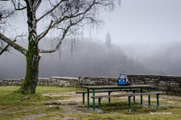 In der Nachbarschaft der Ruine Helfenstein steht der Ödenturm
