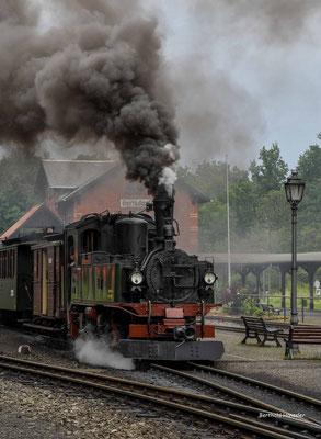 Juni 2020, Sachsen, Schmalspurbahn zwischen Jonsdorf und Oybin
