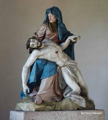 Pieta in der Kapelle in Nenningen