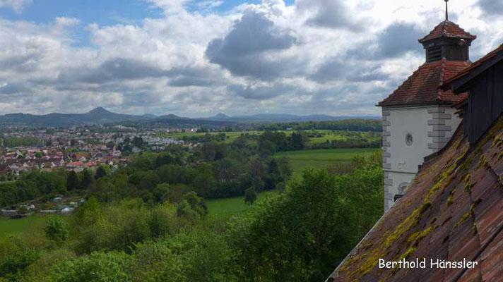 Blick aus Schloss Filseck über Faurndau nach Göppingen