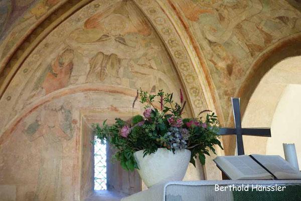 Historische Wandmalereien in der Kirche in Wangen-Oberwälden