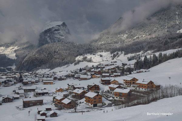 Januar 2020 - Bregenzer Wald, Blick auf Au mit Kanisfluh