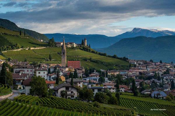 Oktober 2020, Südtirol, Morgenstimmung bei Tramin