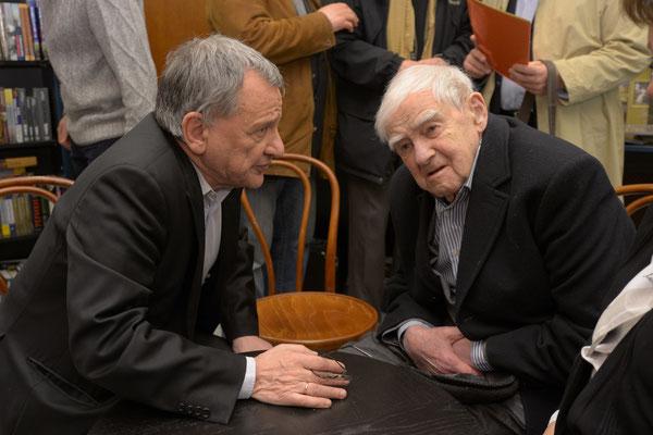 Даниил Гранин и Рудольф Фурманов. 28 апреля 2016 года. Открытие Лавки писателей на площади Льва Толстого