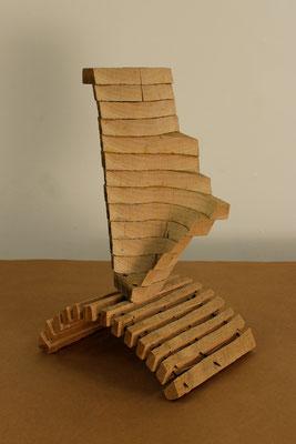 Pragmatismus, 2015, Holz, 25x25x45cm