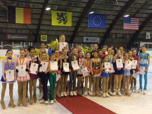 Novice A Vlaams Kampioenschap 2016. Julie 6de, Sarah 15de en Katy 26ste.