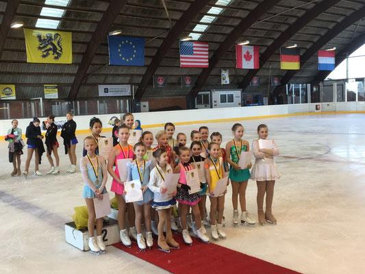 Miniemen Vlaams Kampioenschap 2016. Line 3de, Polina 4de en Amber 12de.