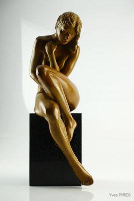 Amélie - Bronze  H 36 X L 12 X 15 cm