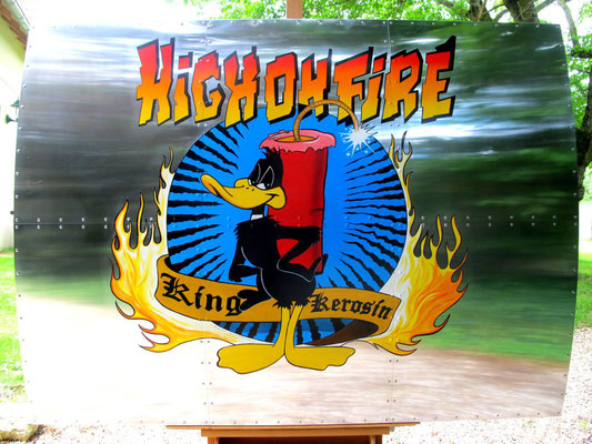 Nose Art - High on fire  160 X 120 cm