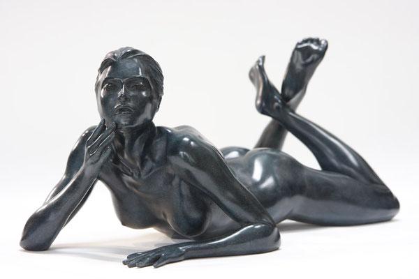 Quiétude - Bronze  22 X 42 X 22 cm