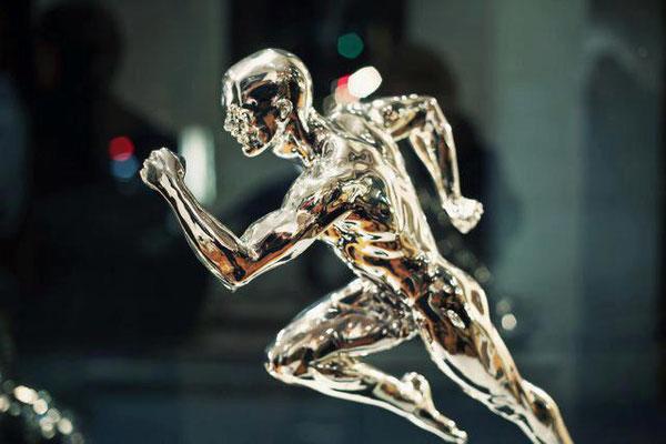 Le Temps - Bronze chrome  H 46 X 52 cm