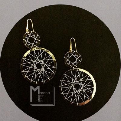 Orecchini in argento a lastra e filo diamantato