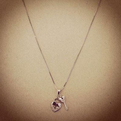 Collana argento con charms chiave cuore zirconi
