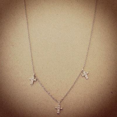 Collana argento con charms croci zirconi