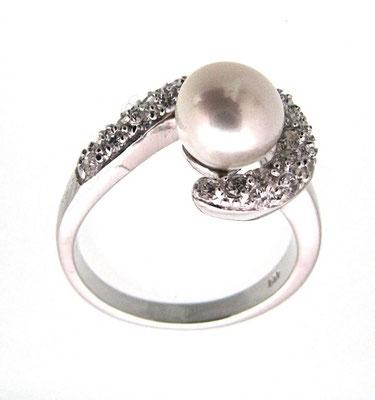 Anello in argento con perla e zirconi