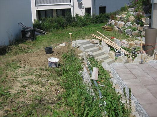 zweite terrasse fertig unser weg zum haus. Black Bedroom Furniture Sets. Home Design Ideas