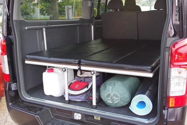 荷物の積載等、ベッド下空間も有効に使うことができます。