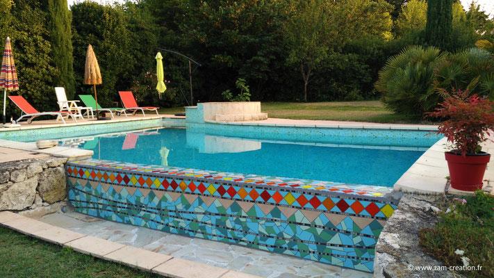 Mosaïque pour piscine, création personnalisée et unique, Zam-création Narbonne