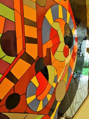 Fresque murale personnalisée architecture établissement de santé