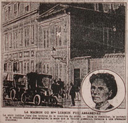 L'affaire de la veuve Lusson à Versailles - La maison existe toujours. La croix sur la fenêtre du premier étage montre la chambre où l'odieux crime - la veuve est morte d'une multitude de coups de couteaux - a été commis.
