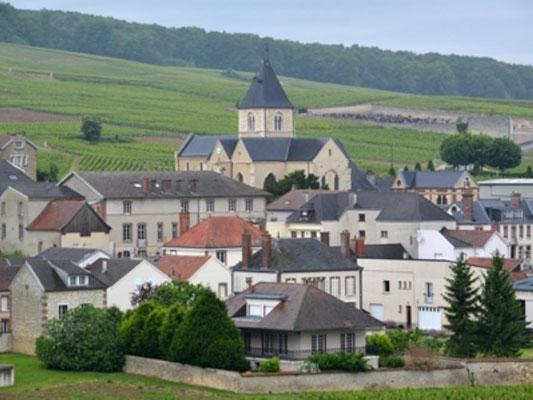 Village du Mesnil-sur-Oger - Côte des Blancs (proche Épernay)