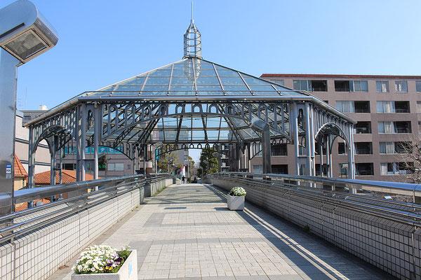 中川駅前のドーム