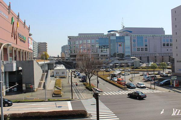 センター北駅前