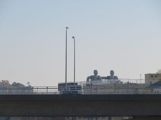 センター橋より