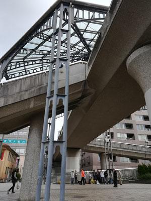 中川駅前みんなの広場・ガラスドーム