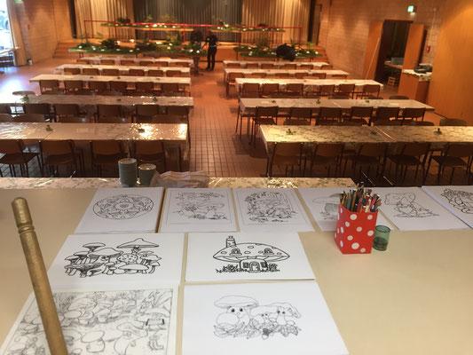 Für die Kleinen steht eine Zeichnen- und Bastelecke sowie ein Kinderwettbewerb bereit!