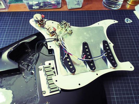 Berühmt Erstaunliche Stratocaster Schaltplan Bildinspirationen ...