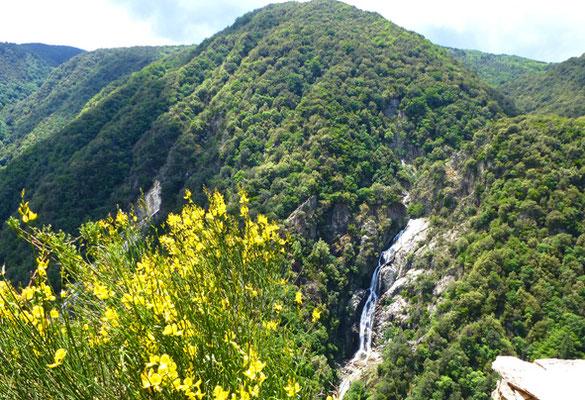 Kalabrien wandern Wasserfall
