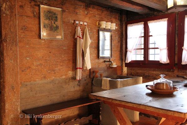 Ortsmuseum Dürstelerhaus 8626 Ottikon-Gossau ZH, Museumsküche I
