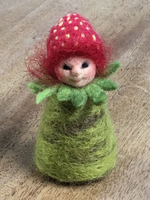Erdbeerkind, Strawberry Felted Fairy