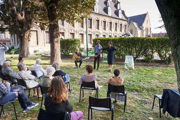 """Valorisation de l'exposition """"A Fleur de Toile"""" - Lecture spectacle - Musée du Mont Piété de Bergues"""