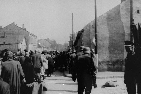 Deportación al campo de exterminio de Bełżec.