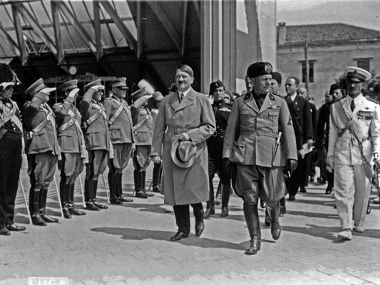El 14 de junio de 1934, fecha en la que ambos mandatarios se vieron cara a cara por primera vez en Venecia. MuyHistoria