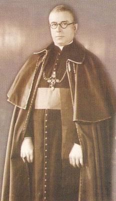 Hay informes sobre la colaboración de Fermín Emilio Lafitte, obispo de Córdoba (Argentina), con criminales de guerra nazis alemanes fugitivos tras la rendición incondicional de la Alemania nazi.